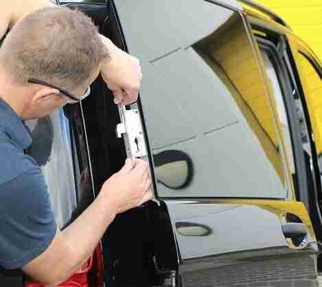 Install Car Lock London